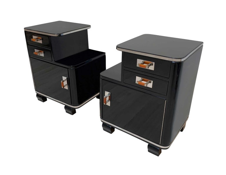 French Pair of Art Deco Nightstands, Black Piano Lacquer and Nickel, France, circa 1930 For Sale