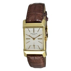Patek Philippe 18 Karat Gold Art Deco Ref 2553 with Archival Document from 1955