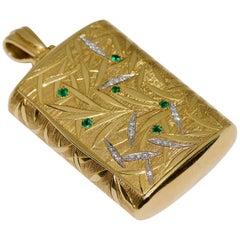 Pendant Snuff Box 18 Karat Gold with Emeralds and Diamonds, by Heinz Wipperfeld