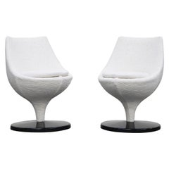 Pierre Guariche for Meurop 'Polaris' Chairs in White Boucle Fabric, Pair, 1960s