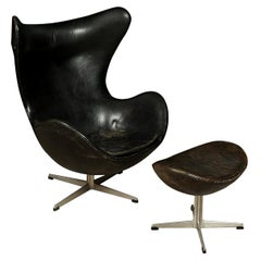 """Rare Vintage Arne Jacobsen """"The Egg"""" Chair in Leather, with Ottoman, 1963"""