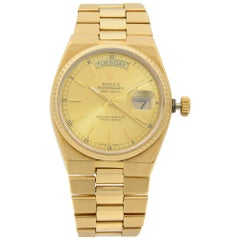 Rolex Day-Date Oysterquartz President 18k Gold Champagne Dial Men's Watch 19018
