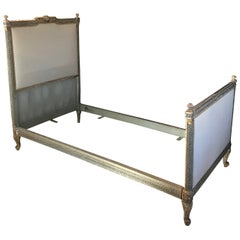 Romantic 19th Century Louis XV Gray and Gilded Twin Bed