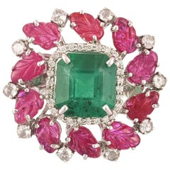 Set in 18 Karat Gold, 3.66 Carat Zambian Emerald and Carved Ruby Cocktail Ring
