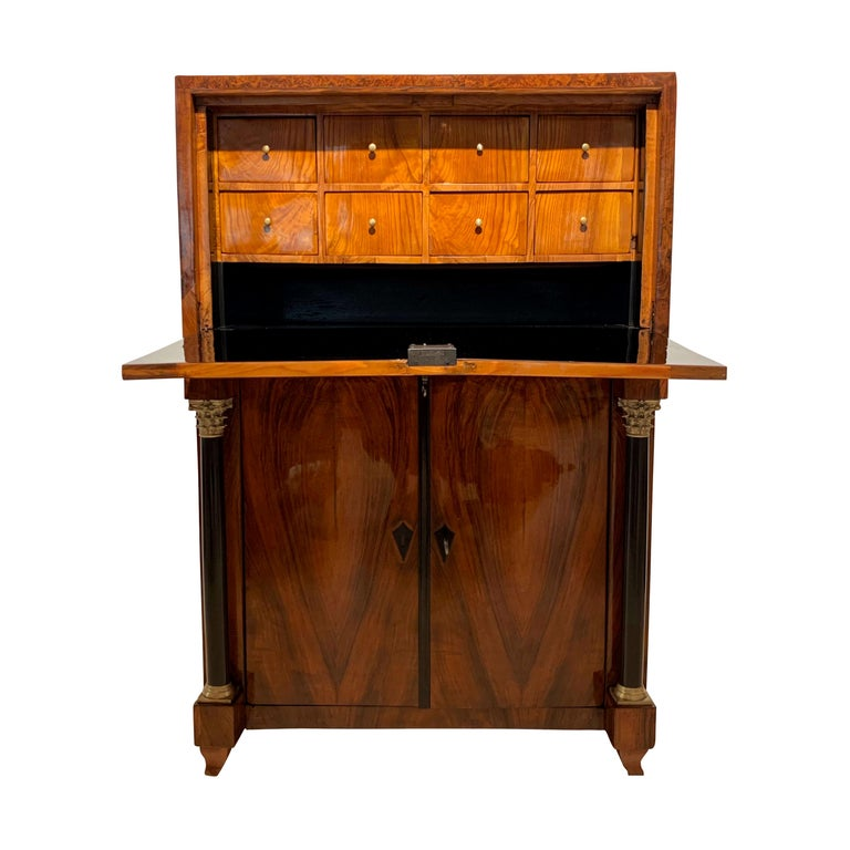 Small Biedermeier Secretaire, Walnut and Ash, Austria/Vienna, circa 1820 For Sale