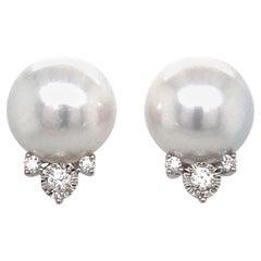 South Sea Pearl Diamond Stud Earrings 0.34 Carat 18 Karat White Gold