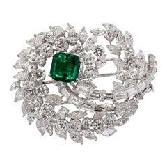 SSEF, CGL Certified Minor 2.81 Ct Emerald, 11.50 Ct Diamonds,18 Kt Gold Brooch