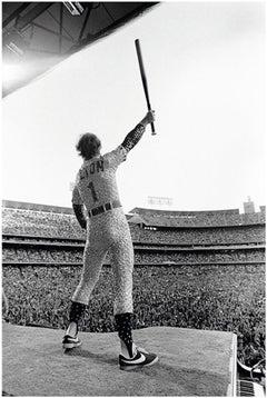 Elton John, Saluting, Dodger Stadium, Los Angeles, October 1975