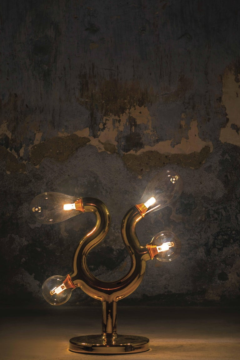 The Four Bulb Gold Plated Murano Glass Table Lamp by Matteo Cibic In New Condition For Sale In Kolkata, IN