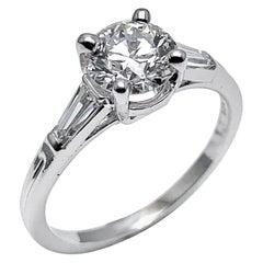Tiffany & Co. 1.05 Carat E/VS1 Round Brilliant and Baguette Diamond Plat Ring