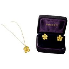 Tiffany & Co. 18 Karat Gold Necklace Earrings Flower Motif Necklace Earrings Set