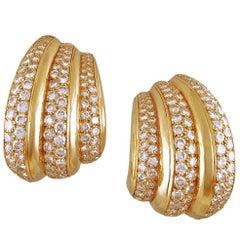Van Cleef & Arpels Diamond Ear Gold Earrings