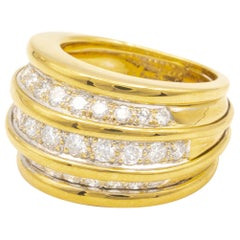 "Van Cleef & Arpels 18 Karat Gold ""Bombe"" Ring"