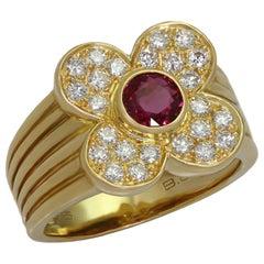 Van Cleef & Arpels 4 Leaf Clover Genuine Ruby Diamond Yellow Gold Ring