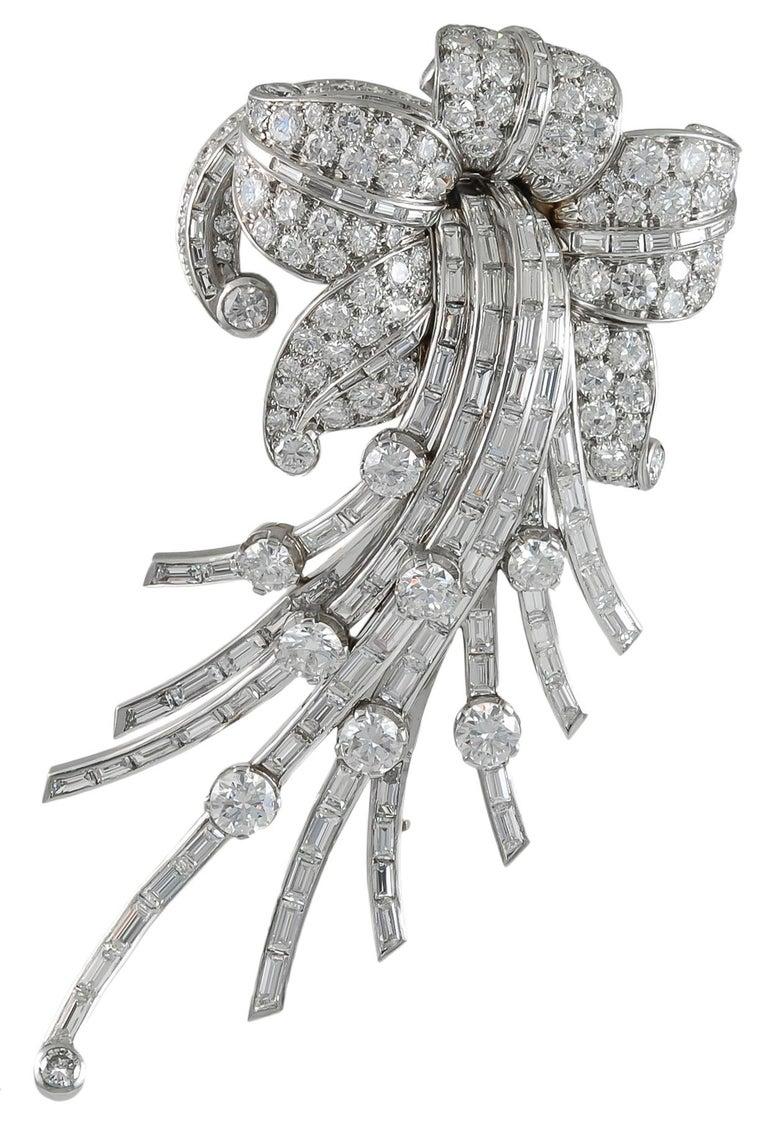 Women's Van Cleef & Arpels Diamond Flower Brooch