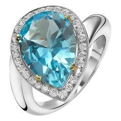 Van der Veken 18 Karat White Gold Blue Topaz and Diamond Statement Ring