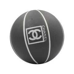 Very rare Chanel black basket ball