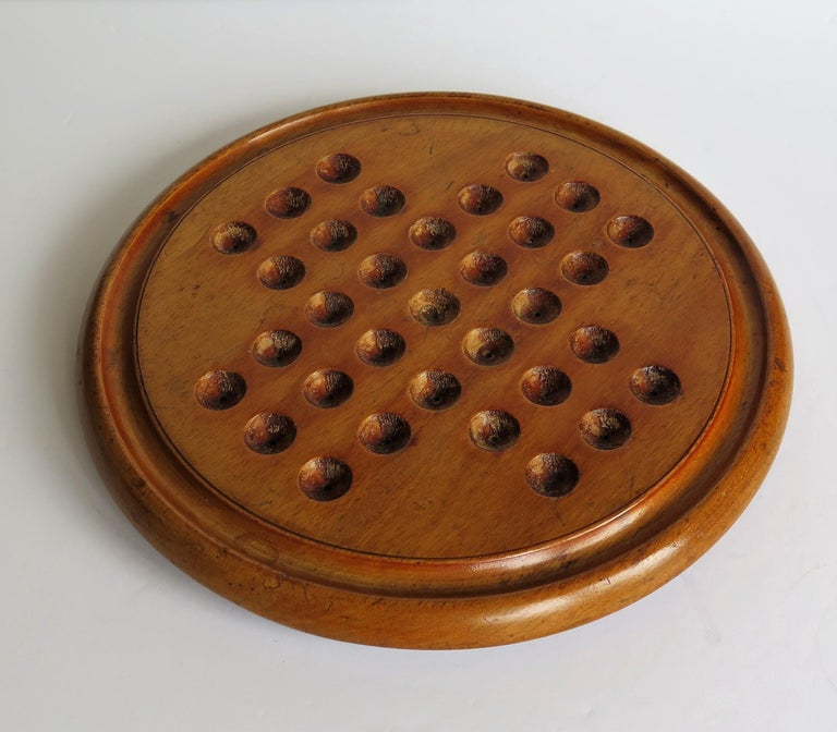 Victorian Marble Solitaire Game with Mahogany Board and 32 Handmade Marbles For Sale 5