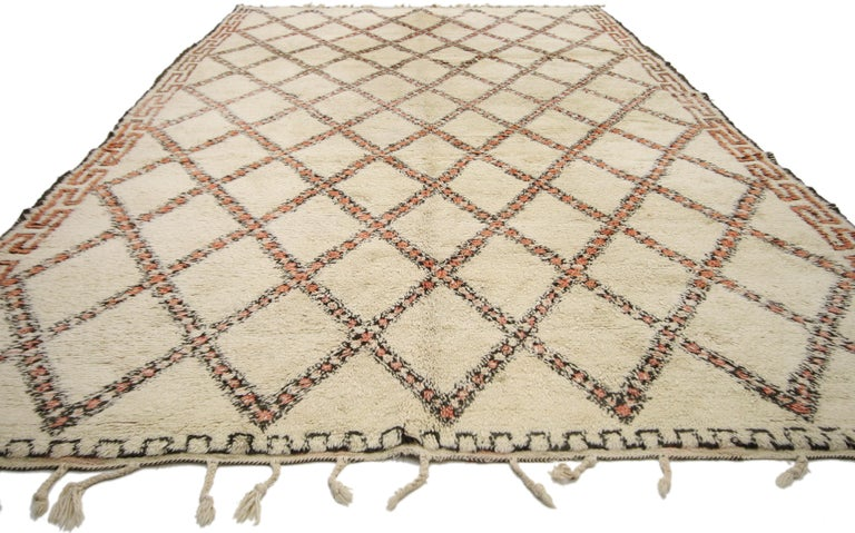 Hand-Knotted Vintage Beni Ourain Moroccan Rug with Modern Bauhaus Style and Hygge Vibes For Sale