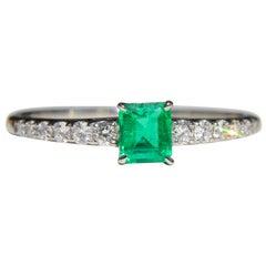 Vintage Midcentury .45 Carat Colombian Emerald Diamond Platinum Ring