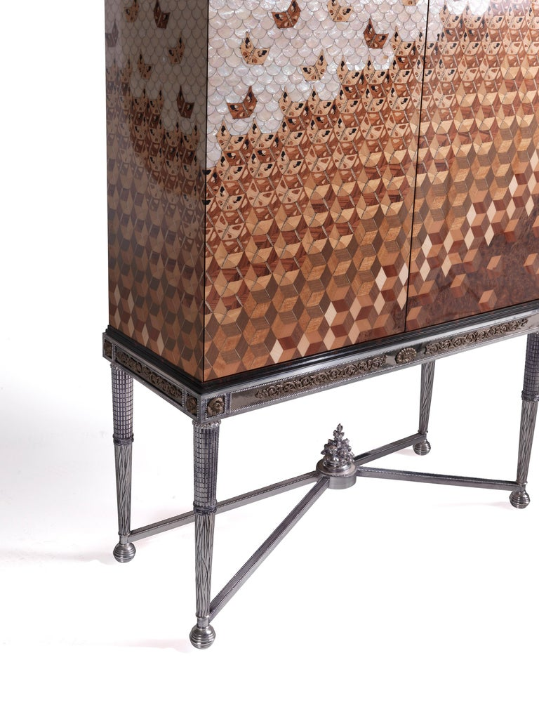 W052 Italian Jewel Cabinet Inlaid in Wood and Mother of Pearl by Zanaboni In New Condition For Sale In MEDA, IT