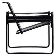 'Wassily' Marcel Breuer for Knoll, Rare Black on Black Leather Lounge Chair