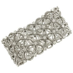 White Diamonds Flower Theme White Gold Carpet Bracelet