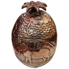 1950-1970 Ice Bucket Pineapple Shape Animal Decor Silver Metal