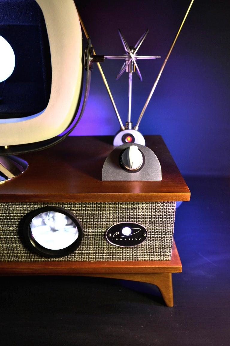 Glass Art Donovan / Kinetic, Illuminated, Moon TV Sculpture, Midcentury/Atomic Age For Sale