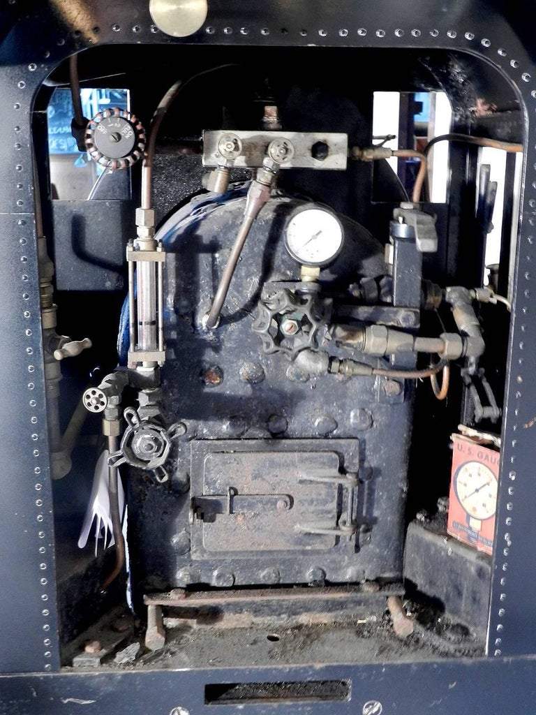 0-4-0 Industrial Tank Live Steam Railroad Engine In Excellent Condition For Sale In Peekskill, NY