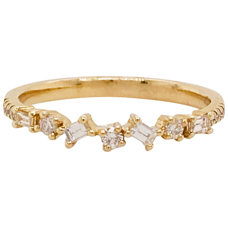 0.17 Carat Diamond Baguette and Round Ring, Stackable Diamond Band in 14k Gold For Sale