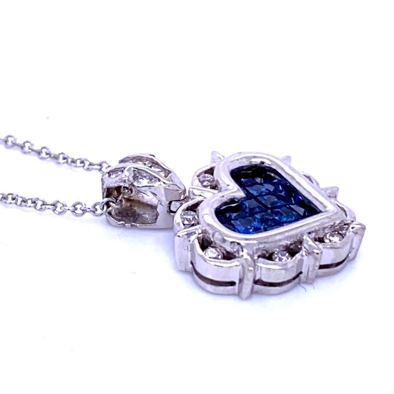 0.18 Carat Diamond/0.80 Carat Blue Sapphire 18K Gold Hearts Pendant Necklace In New Condition For Sale In Los Angeles, CA