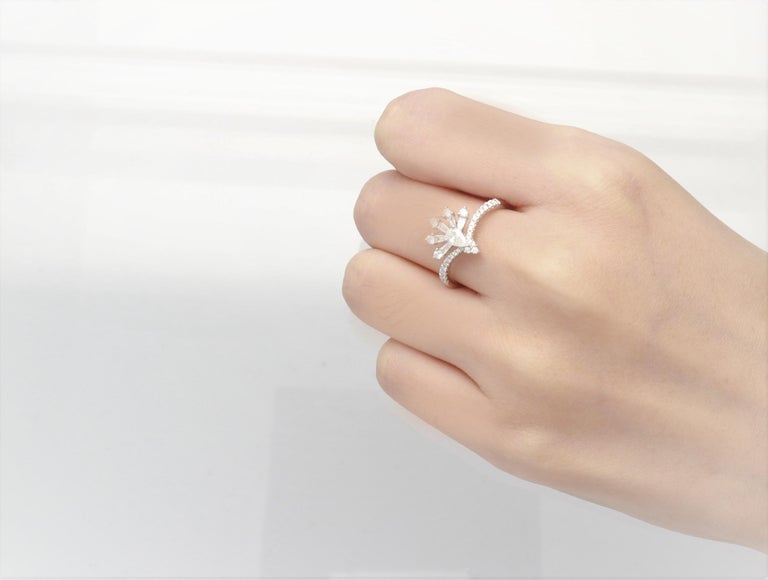 Women's 0.19 Carat Pear Cut Diamond 14 Karat White Gold Cocktail Ring For Sale