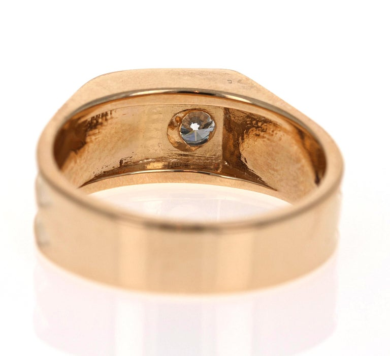0.20 Carat Round Cut Men's Wedding Band 14 Karat Yellow Gold In New Condition For Sale In Los Angeles, CA