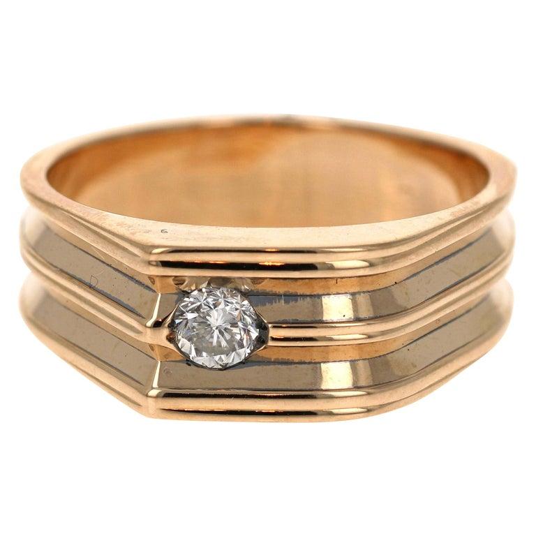 0.20 Carat Round Cut Men's Wedding Band 14 Karat Yellow Gold For Sale