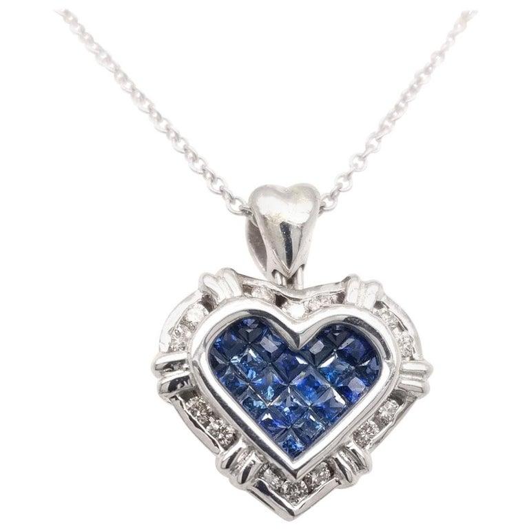 0.24 Carat Diamond/0.75 Carat Blue Sapphire 18K Gold Hearts Pendant Necklace For Sale