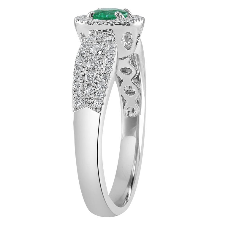 Modern 0.24 Carat Emerald and Diamond White Gold Cocktail Ring For Sale
