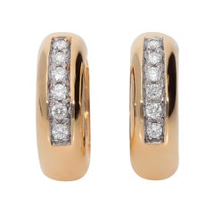 0.24 Carat White GVS Diamonds 18 Karat Pink Gold Small Hoop Earrings