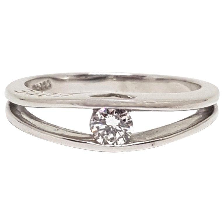 Platinum Engagement Rings Sale Uk: 0.25 Carat Platinum Love Forever Diamond Engagement Ring