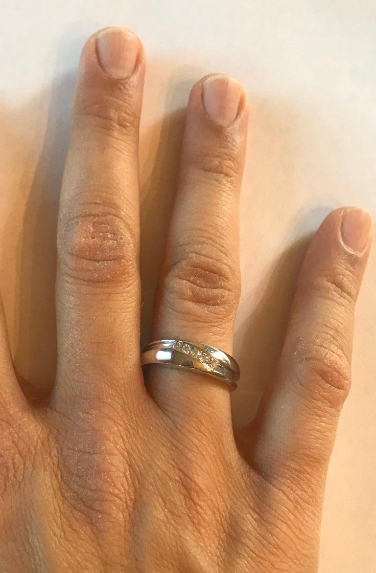 0.25 Carat Round Cut Diamond Men's Wedding Band 14 Karat White Gold For Sale 1