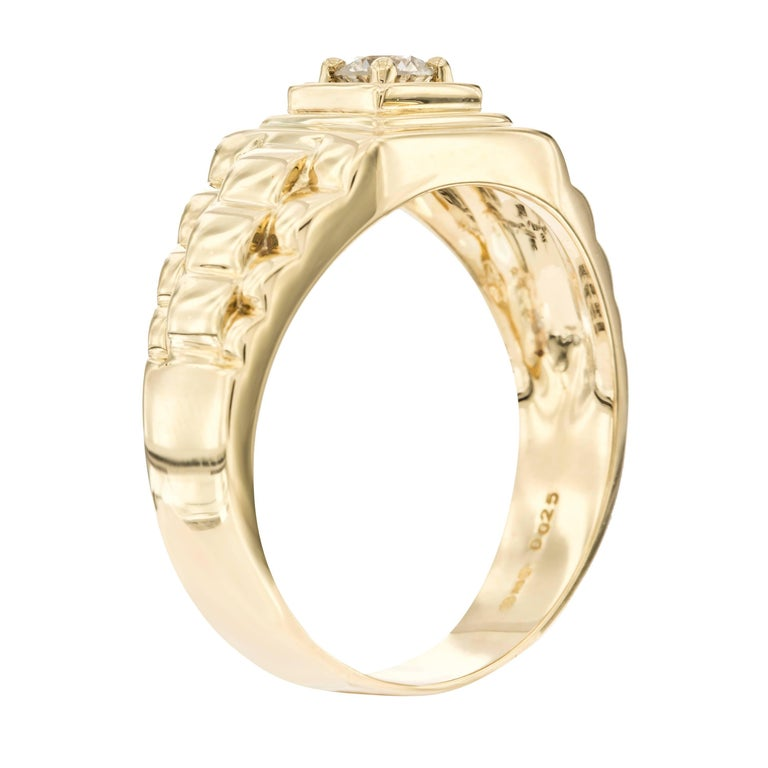 0.25 Round Brilliant White Diamond Men's Signet Style ring is set in 18 Karat Yellow Gold. Size UK - T 1/2, US - 9 1/2, white color H clarity SI1. The shank has 3 bar step design which gives the ring its influential and solid look. Ring is Made by