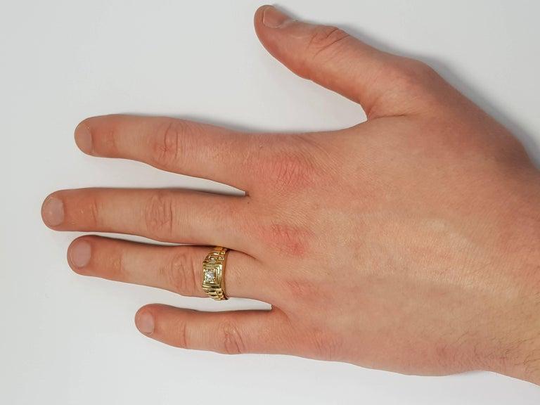 Modern 0.25 CT Round White Diamond 18 KT Yellow Gold Tresor Paris Solitaire Signet Ring For Sale