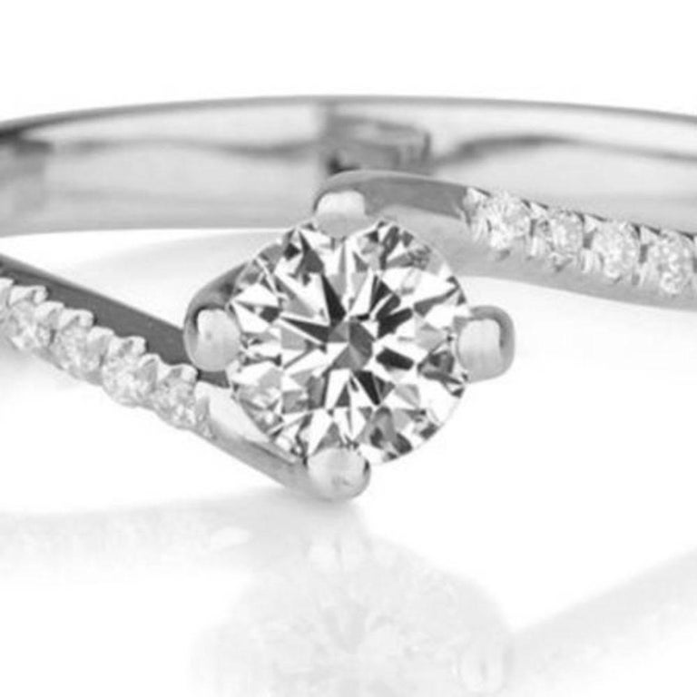 Art Deco 0.3 Carat Platinum Round Diamond Engagement Ring, Twist Diamond Ring For Sale