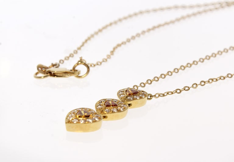 0.39 Carat Total Heart Shape Orange-Brown Diamond 18 Karat Yellow Gold Pendant In New Condition For Sale In Chicago, IL