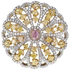 0.40 Carat Intense Pink Diamond and Intense Yellow Diamond Cocktail Ring