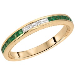 0.44 Carat Colombian Emerald and 0.15 Carat Diamonds in 18 Karat Gold Band Ring