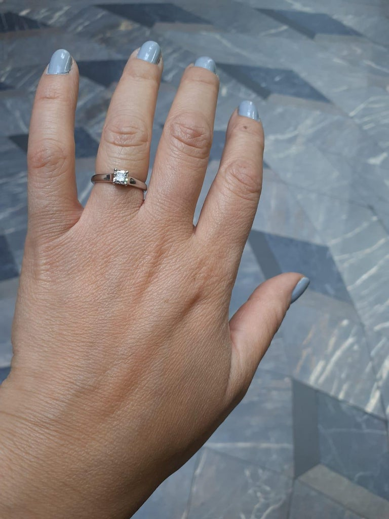 0.49 Carat Tiffany & Co Lucida Diamond Platinum Engagement Ring For Sale 3
