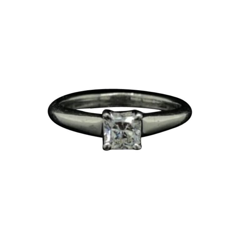 0.49 Carat Tiffany & Co Lucida Diamond Platinum Engagement Ring For Sale