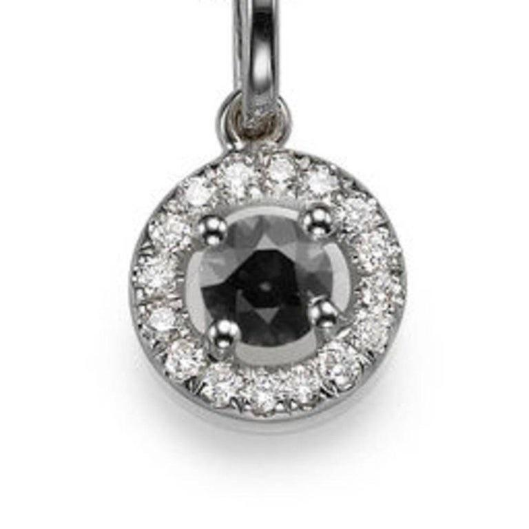 0.5 Carat 14 Karat White Gold Round Black Diamond Necklace with Accents In New Condition For Sale In New York, NY