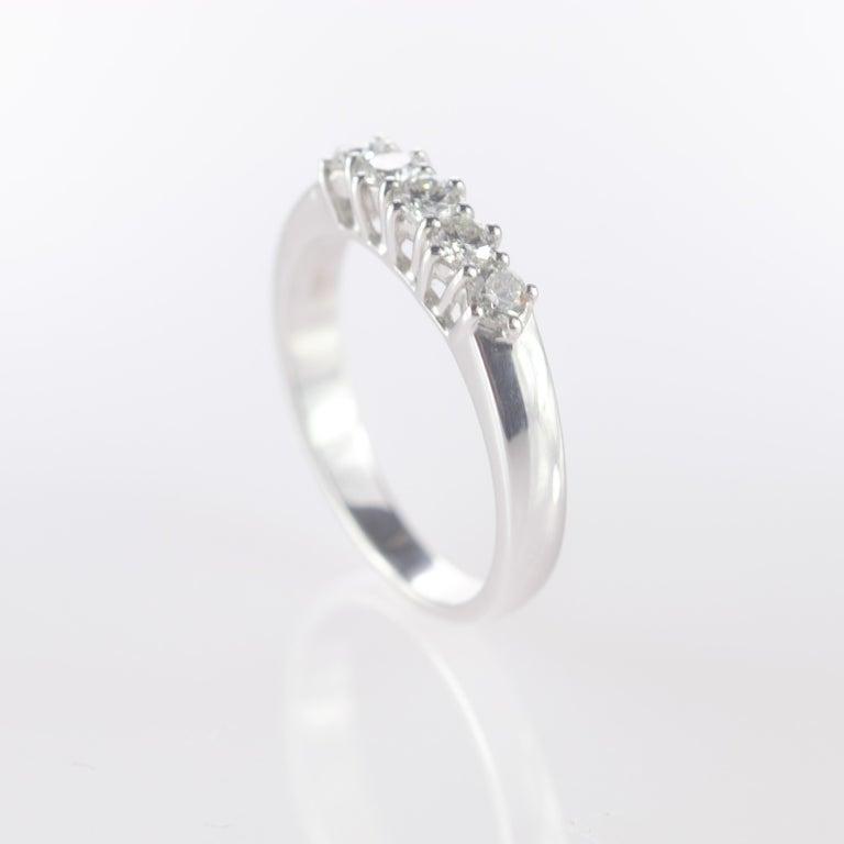 0.5 Carat Diamond Radiant Line Band 18 Karat Gold Wedding Engagement Ring For Sale 2